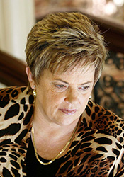 Letter from Lindy Chamberlain to Schapelle Corby - - The Schapelle ...